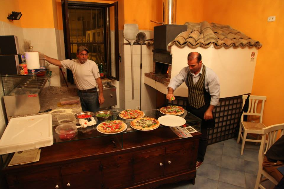Pizza Preparation at La Casa Incantata in Rocca Imperiale