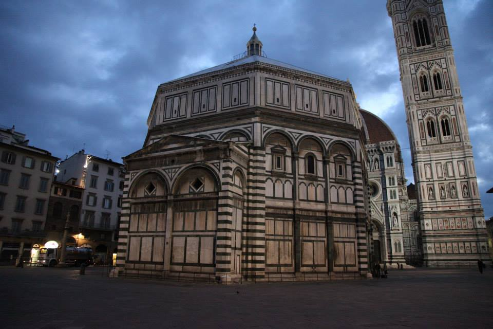 The Baptistery of St. Giovanni, Florence in the super early morning.