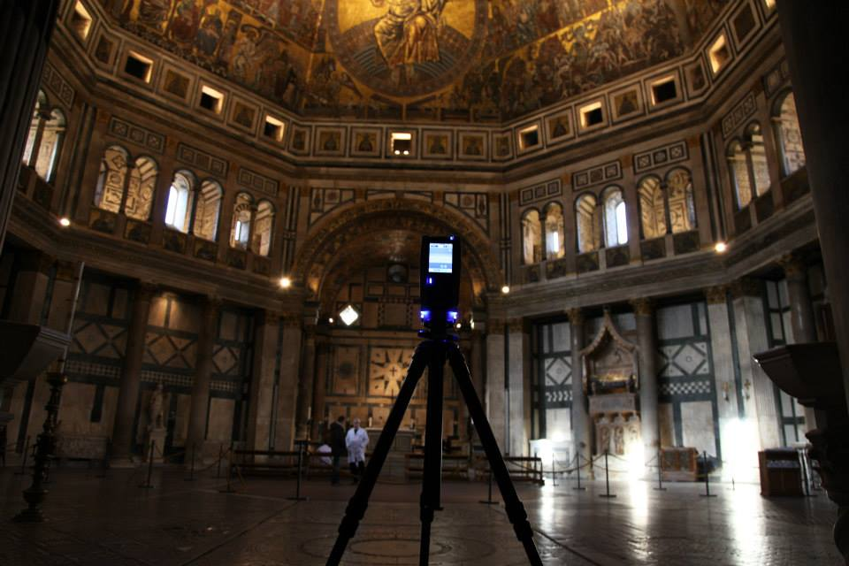 The Faro Focus 3D scanning the interior of the Baptistery of St. Giovanni.