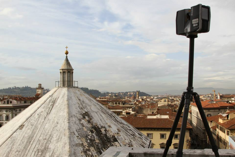 The Faro Focus 3D Scanner and the roof of the Baptistery.