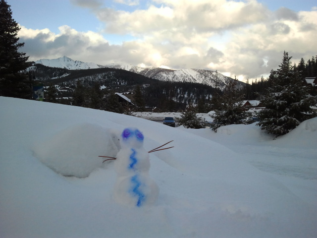 The 2014 IEEE Aerospace conference was held in Big Sky, Montana. This is my tiny little snowman I built outside the hotel.