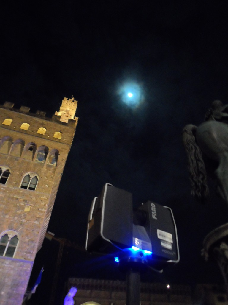 The Faro Focus, the Moon, and Palazzo Vecchio.